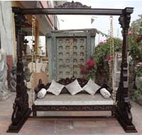 Code 117 buy carved indian maharaja wooden swings wooden for Garden jhoola designs